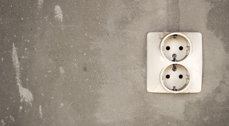 prise-electrique salle de bain